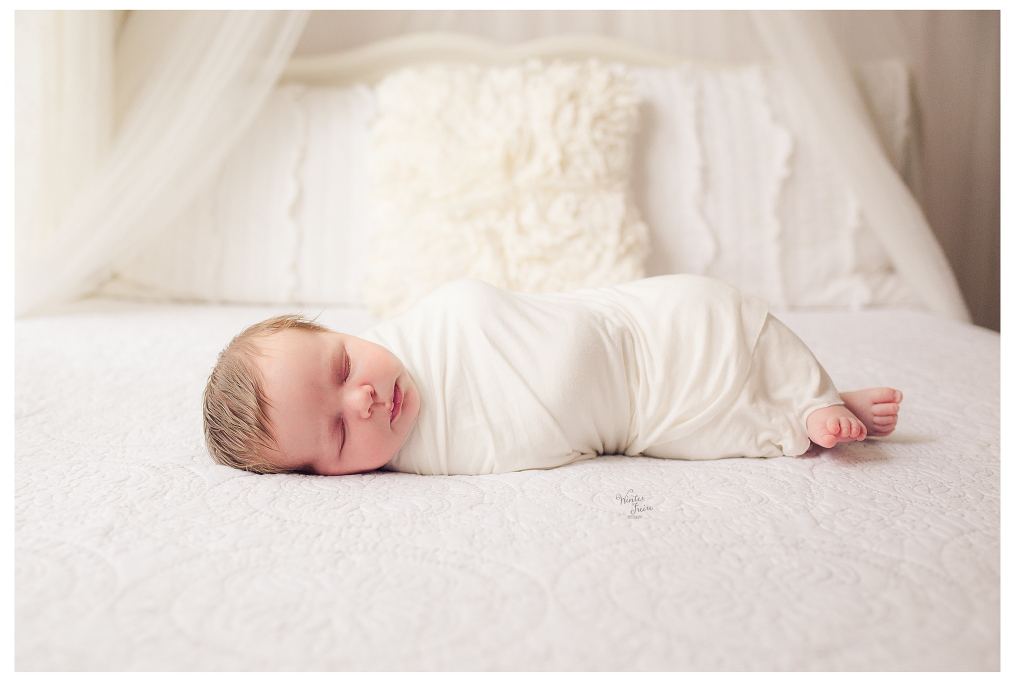 Winter freire photography newborn session sweet pure organic portraits dayton ohio